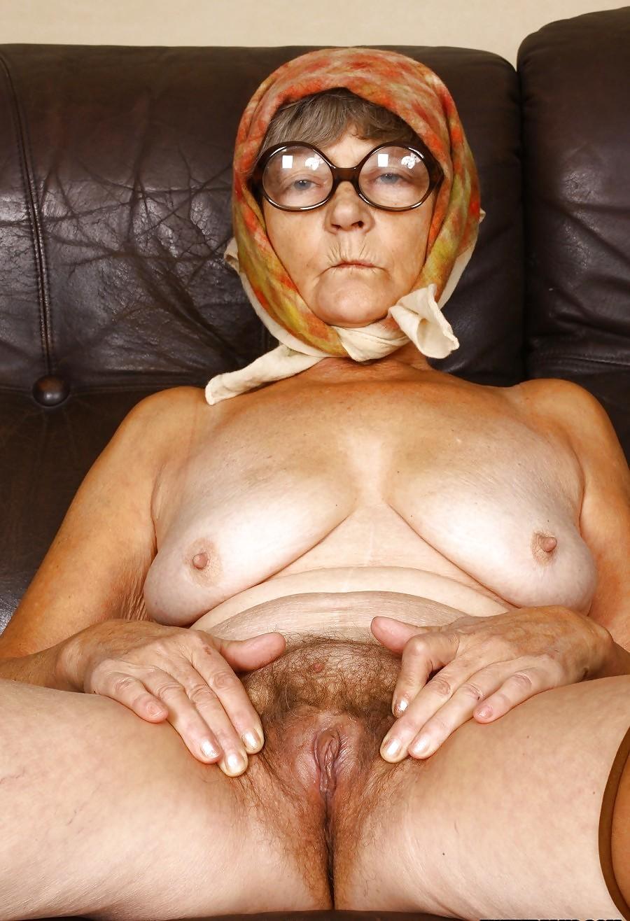 Бабушка Целка Секс