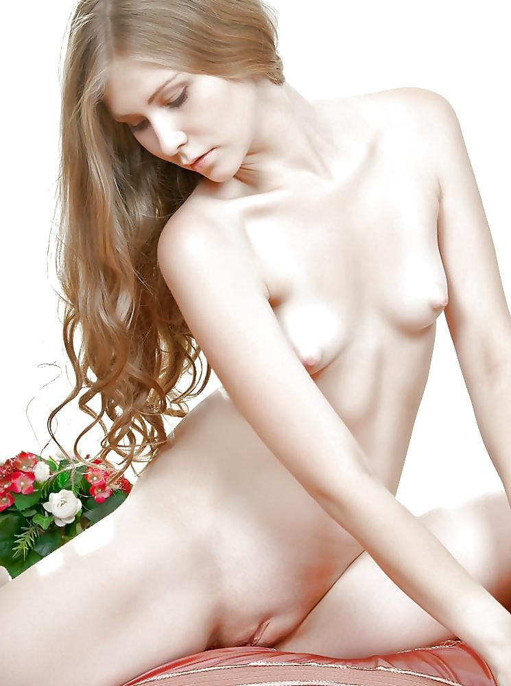 Teen Nude Голая Маленькая