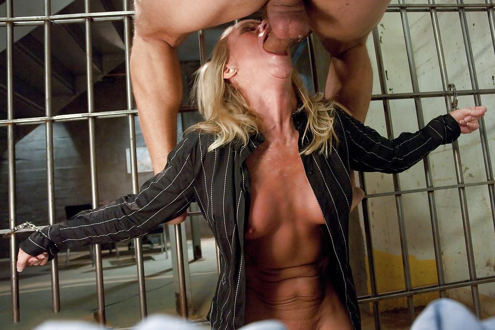 Смотреть Секс В Тюрьме