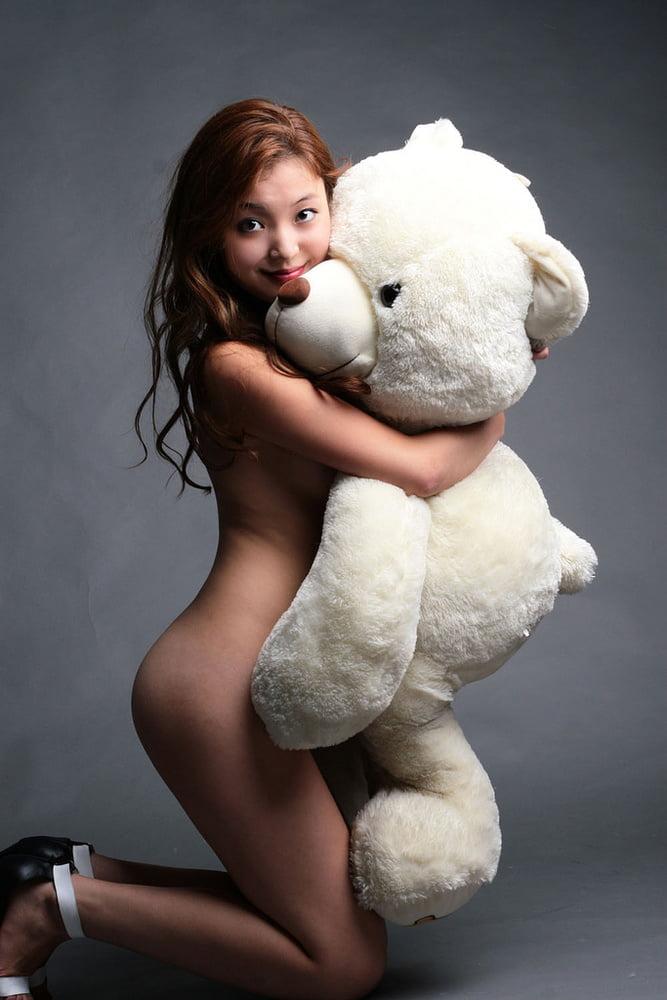Фото Обнаженных Девушек С Игрушками