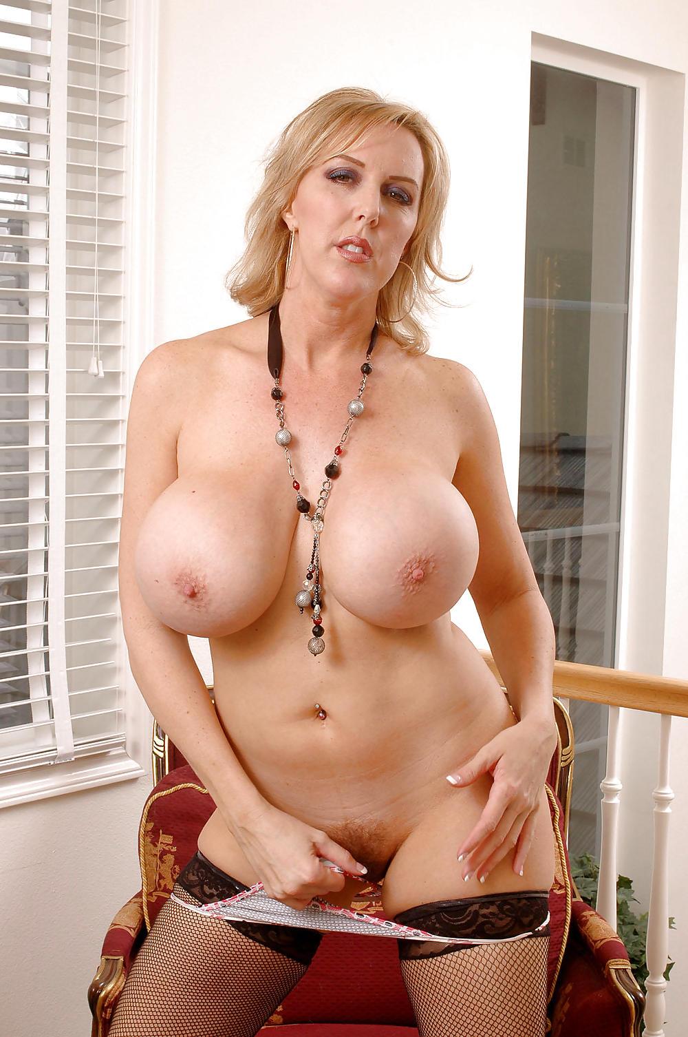 Сисястые Зрелые Женщины Порно Фото