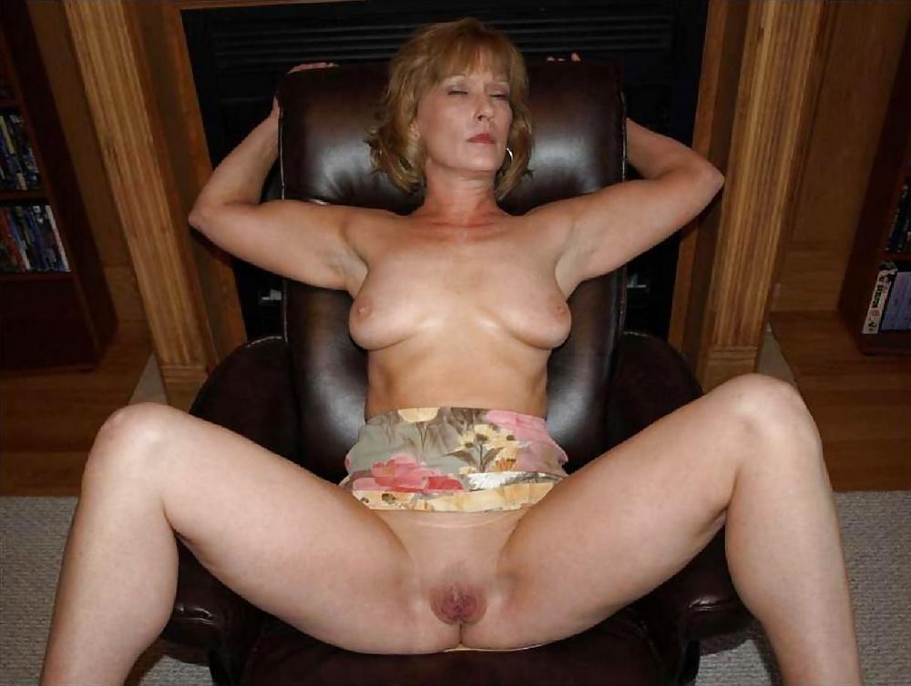 Exotic erotic mature women