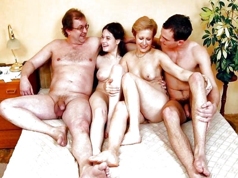 Вся Семья Нудисты Порно Рассказы Матерные