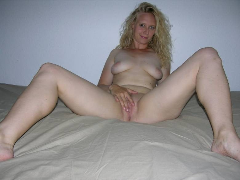 Slut hotel hidden amateur selfshot pics
