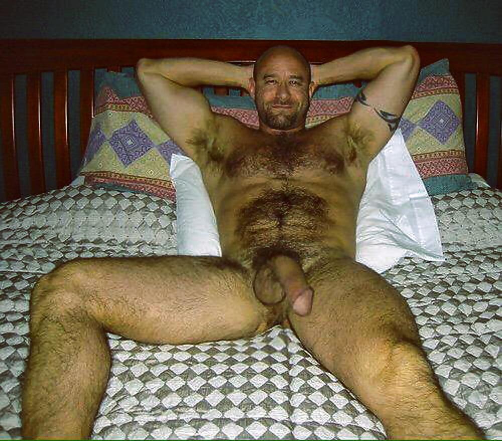 Naked amateur older hairy man #12