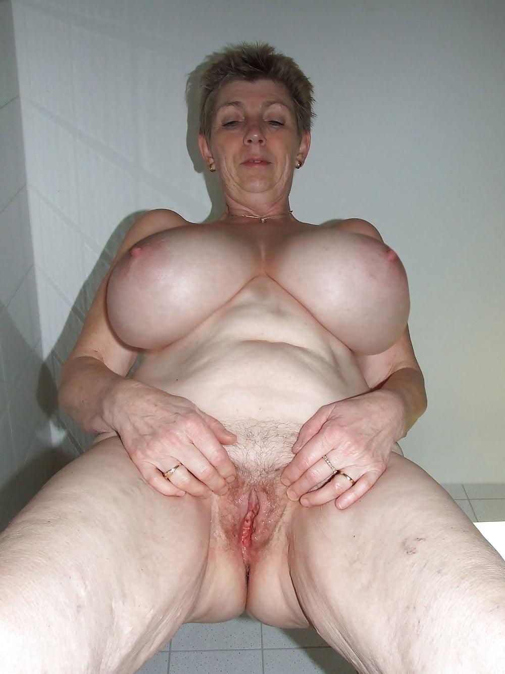 Boobsy Aka Greta Guugili Nudist Granny Outdoor - 11 Pics -2298