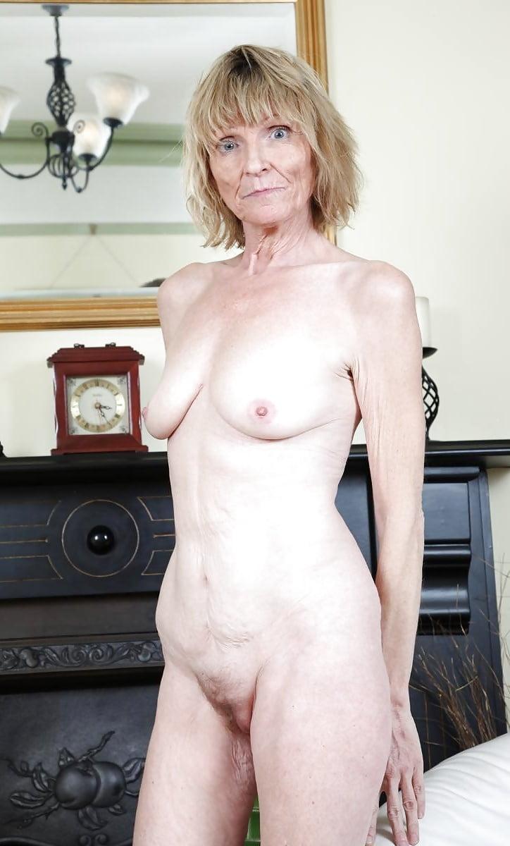 Olddesi lady nude