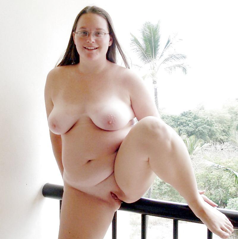 Nude plump girls on internet