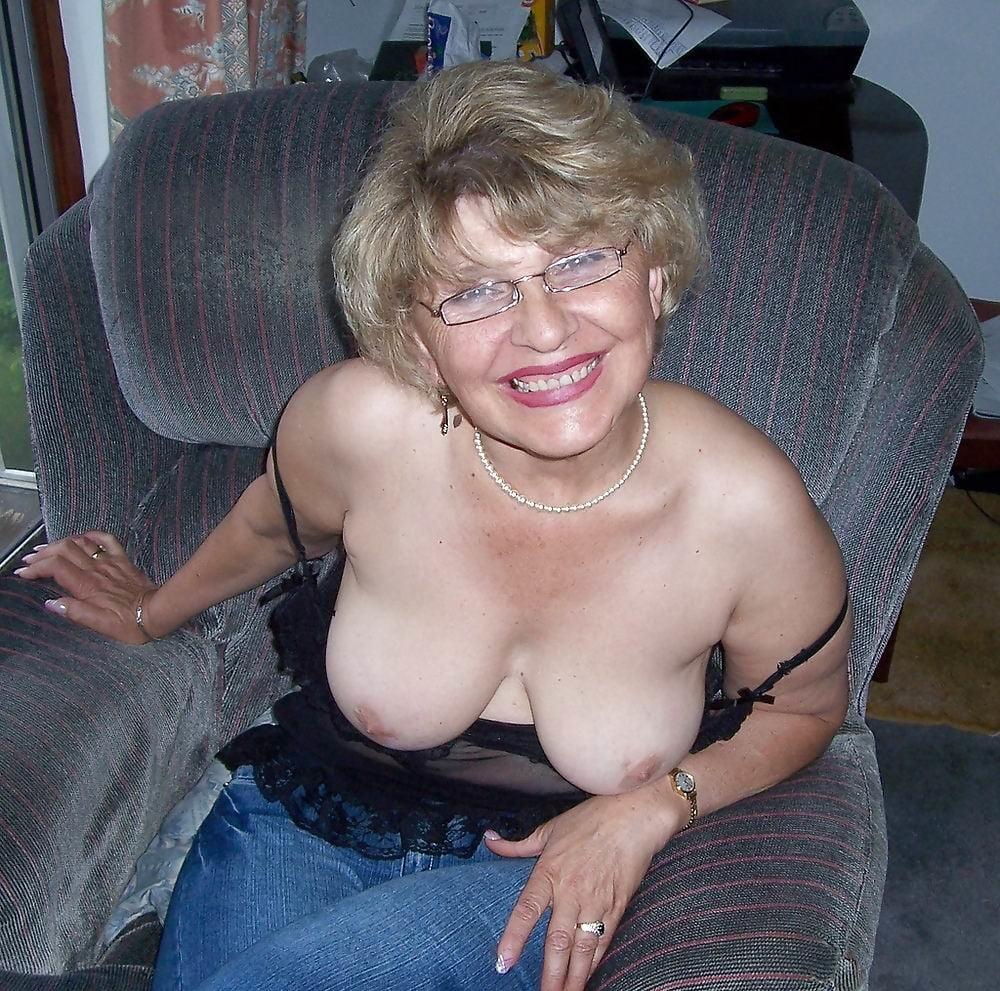Free Busty Granny Granny Xxx Galeries