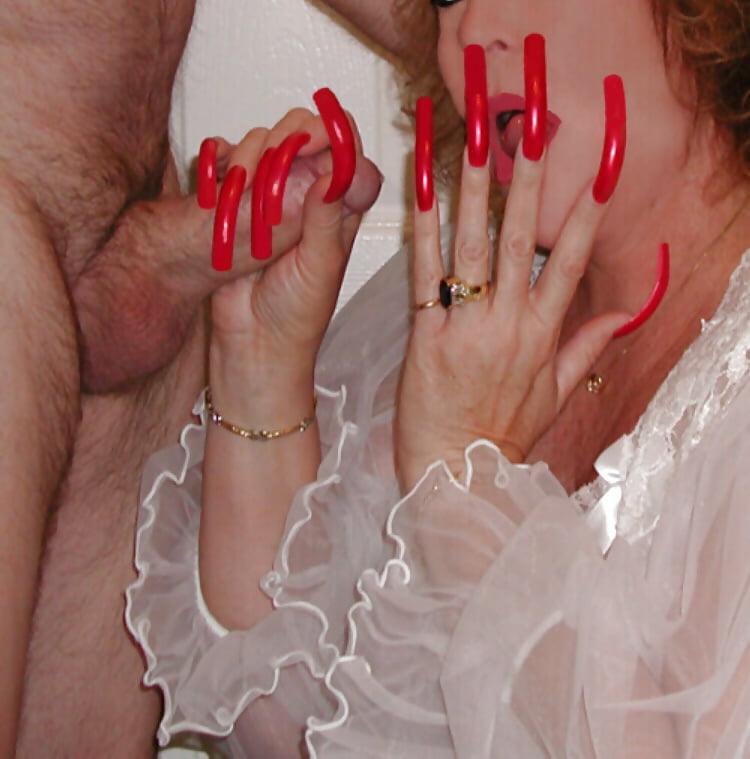 Eroticas sexy long nails — photo 13
