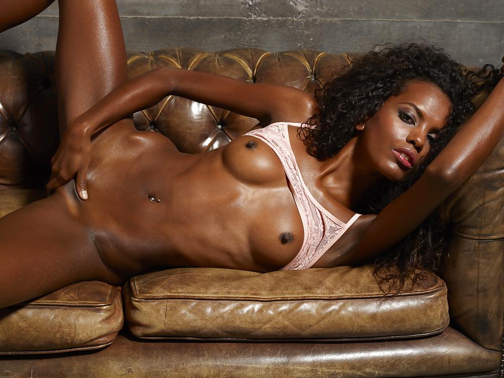 Black Ebony Exotic Beauties Sara In The Countryside Def Erotic Beauties 1