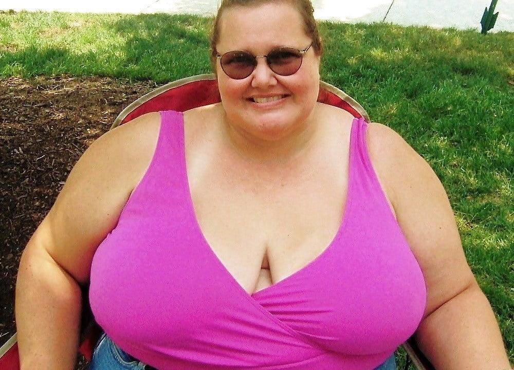 Т толстая с большой грудью, эротические показы мод видео онлайн