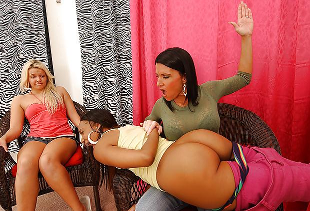 black-butt-girl-spanking-women-naked-standing-up