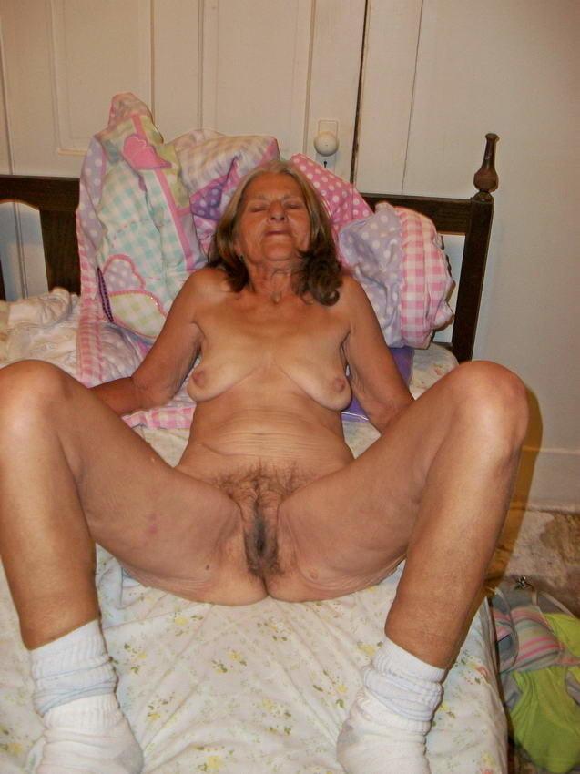 Sexy Granny Webcam