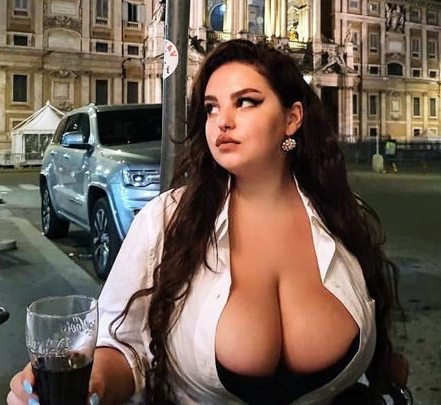 Tits .... Inspirations 1.0 - 332 Pics