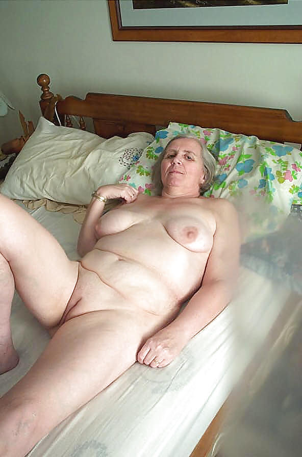 Very old wrinkled granny is what you like click and see this full naked mature babe in a locker room posing for you