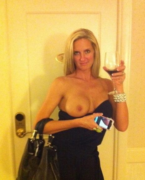 Free pics naked ladies