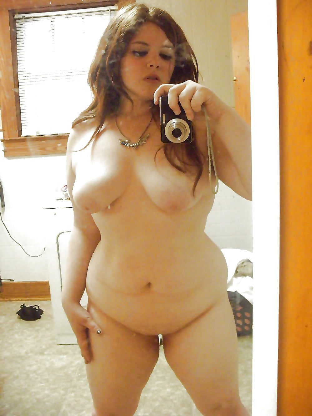 Chubby girls naked on kik, short hair girl sex pics