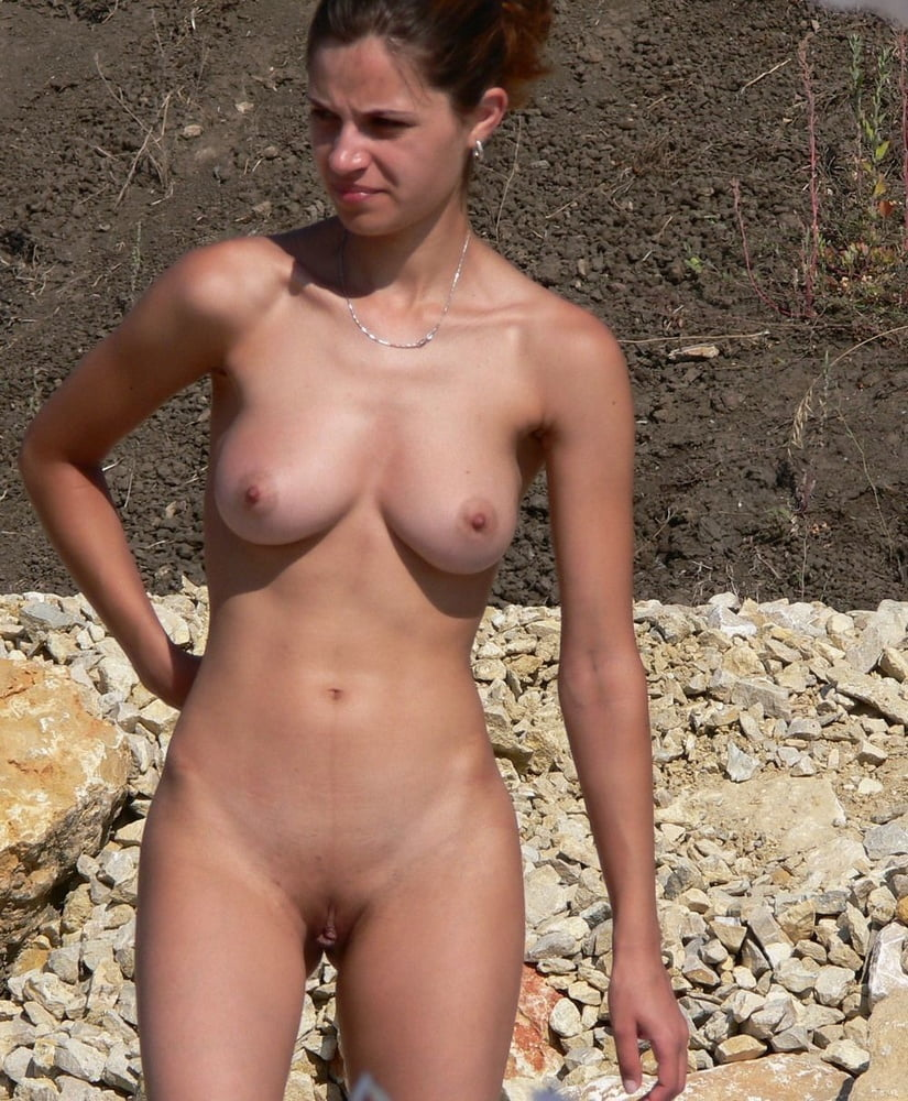 Young nudist couples