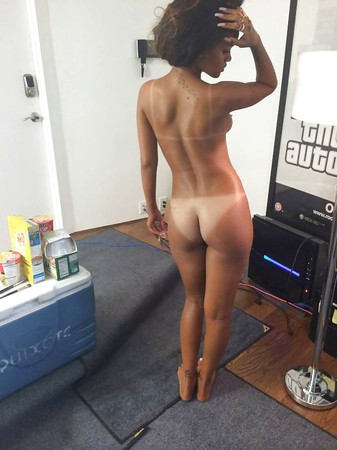 Celebrite - Nude,Naked Pictures