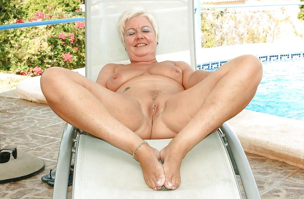 Nude Mature Women, Mature Nude Galery, Mature Nude Porn