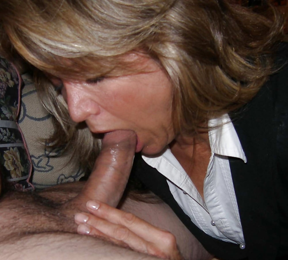 Old ladies sucking dick