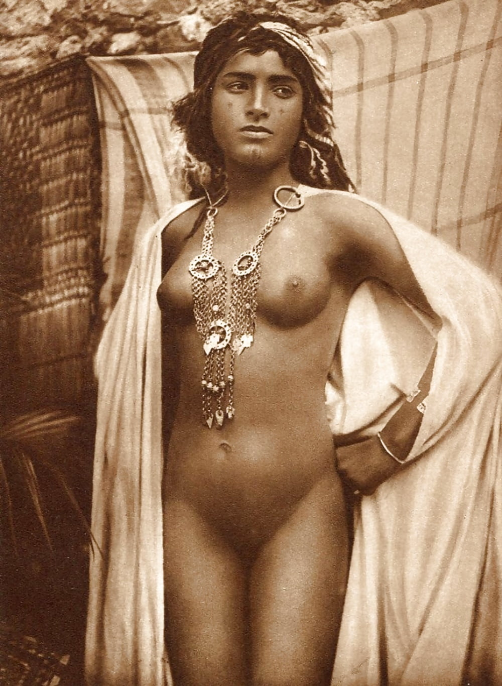 nude-female-arab-kentucky