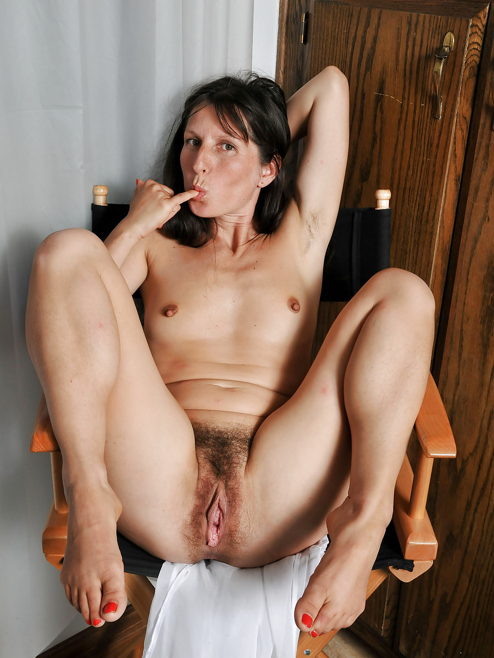 Mature with long hair enjoys sex