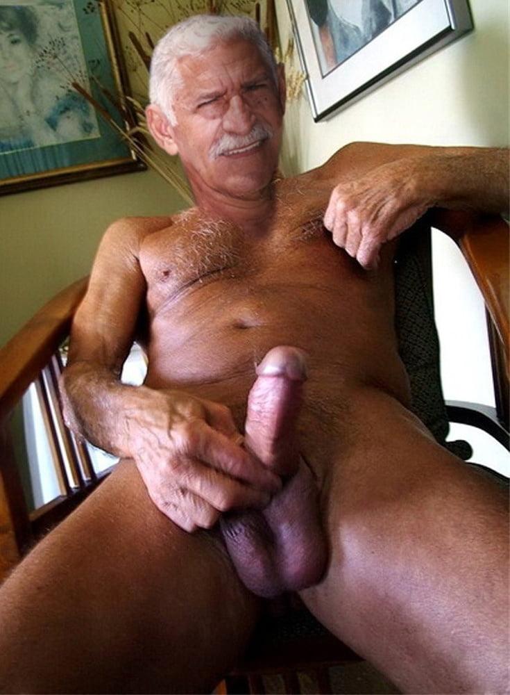 Old men gay strand