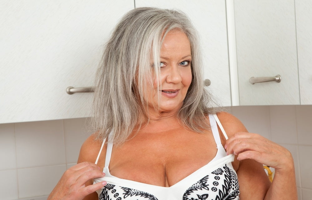Milf with lovely boobs