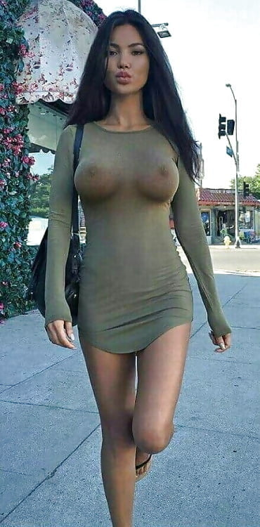 wearing Beautiful pantyhose girls