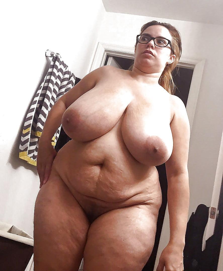 женщины с толстыми сиськами фото досталась