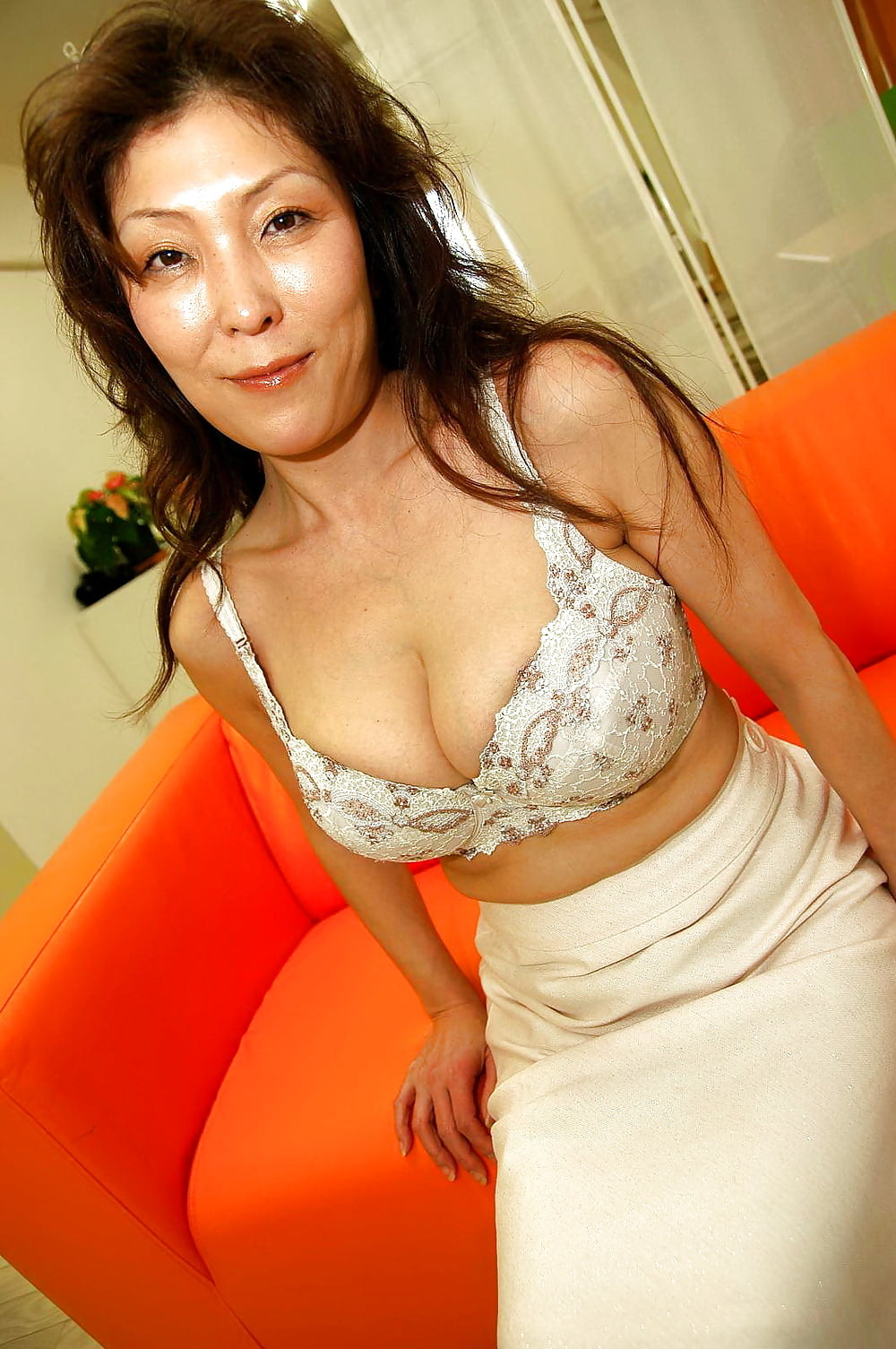 Mature vietnamese sex pictures #6