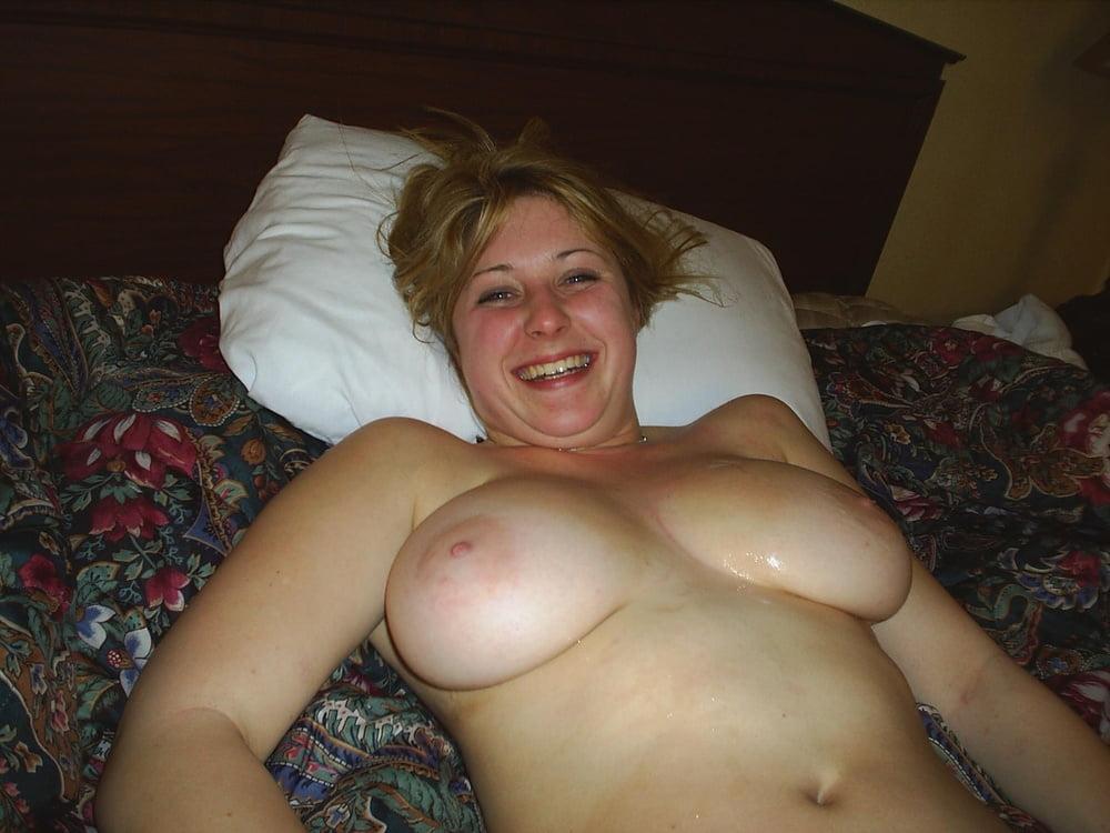 Трусики фото домашние сиськи теток фото порно