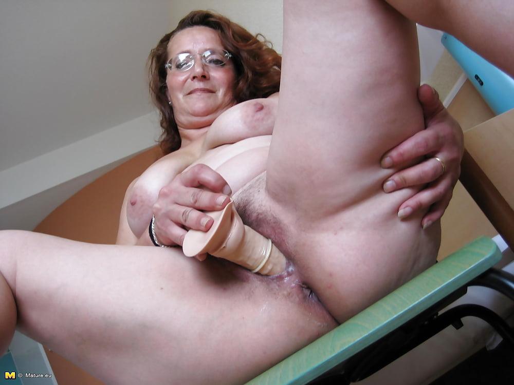 старые тетки мастурбируют и кончают видео - 9
