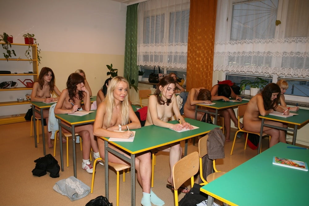 high-school-girl-nude-image