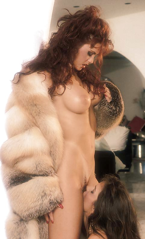 mayes-mom-sex-change-with-fur-heroine-full-nude