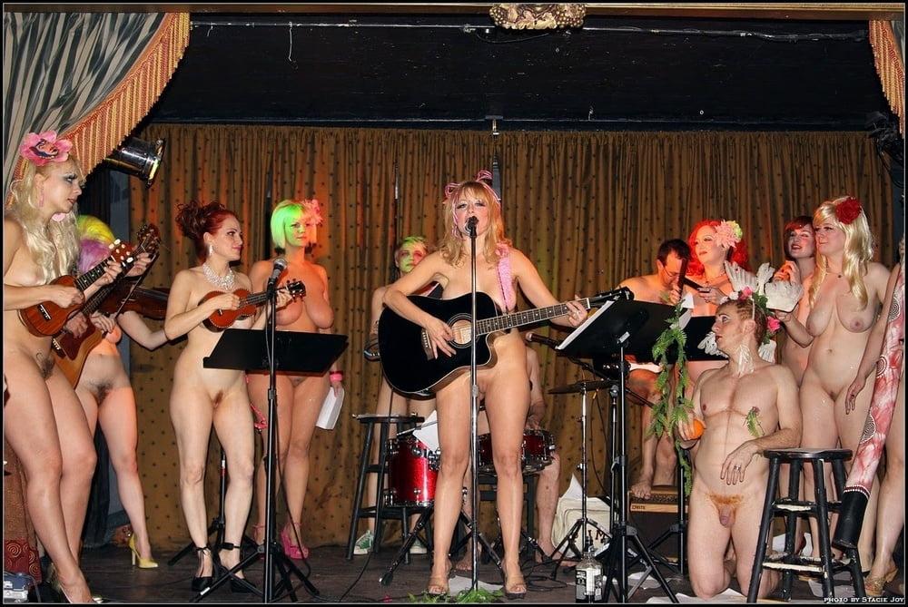 Порно фото музыкальных коллективов — img 9