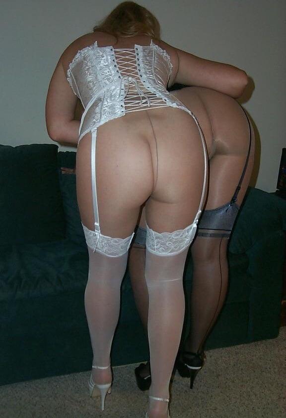 Lesbian tights porn