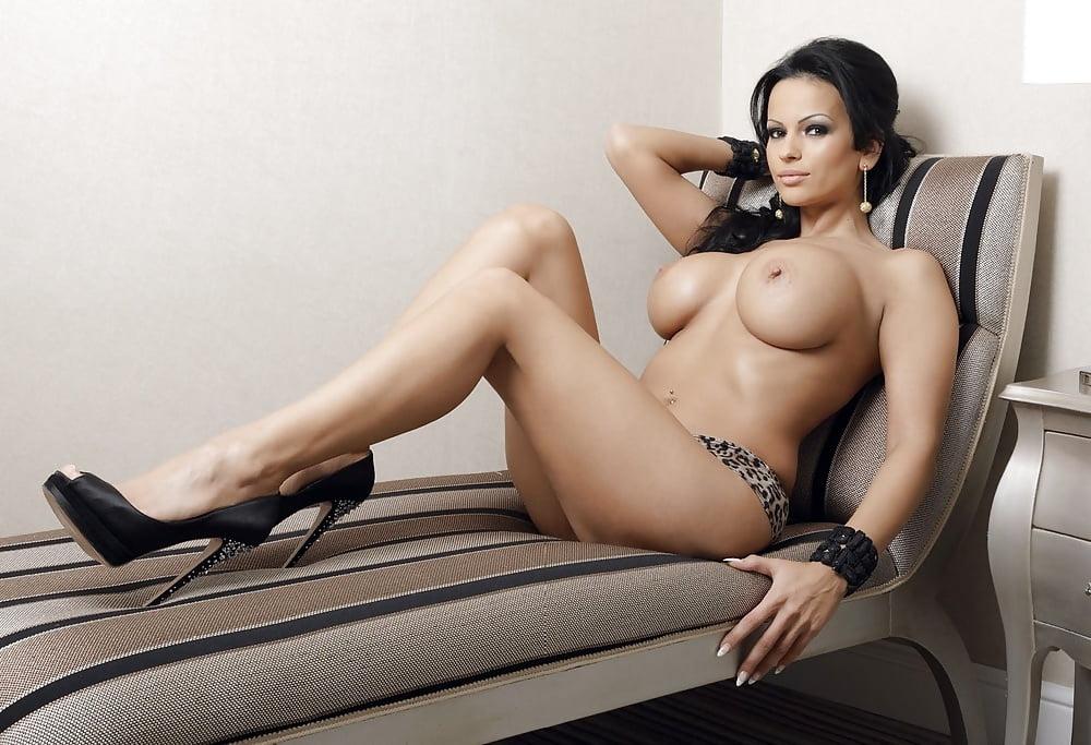 Adina Barbu Nude