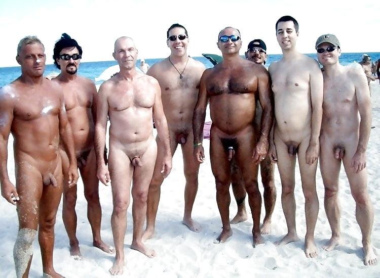 Naked mens groups