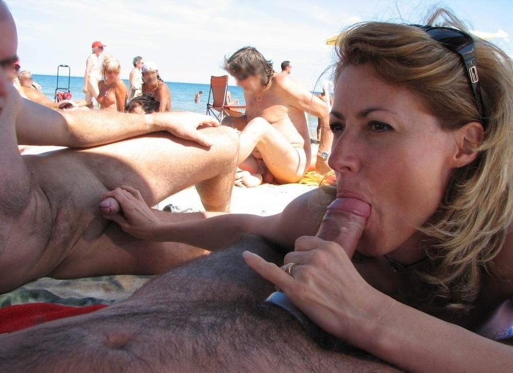 Amateur wife public blowjob beach