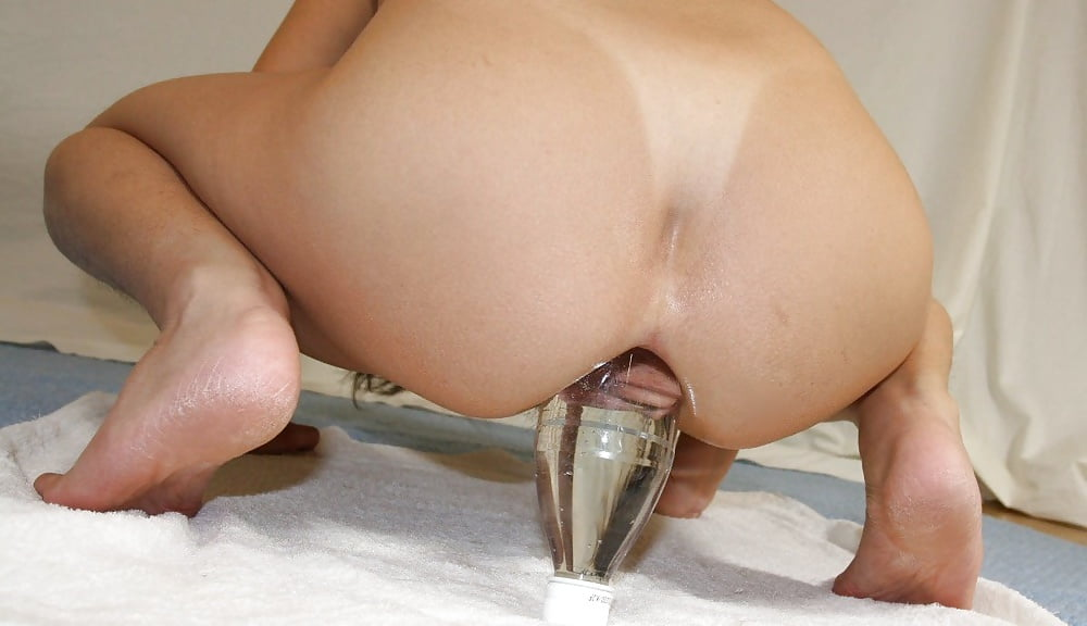 anal-insertion-girl