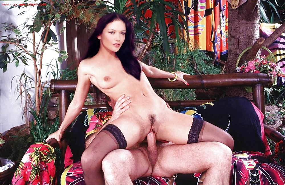 Catherine Zeta Jones Topless Pictures