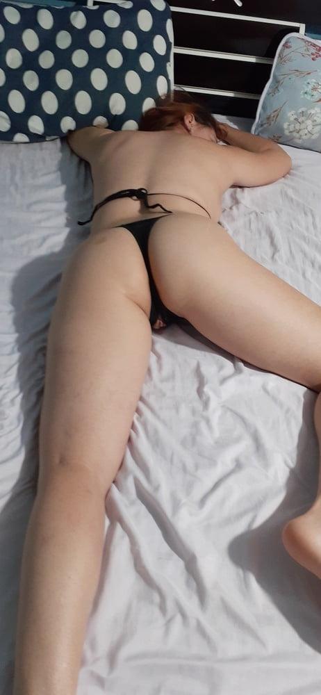 Sexy 2 - 5 Pics