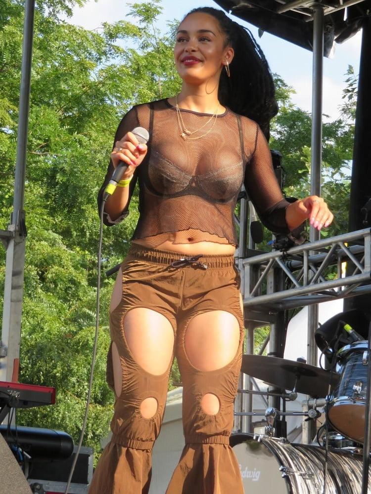 Jorja Smith Nude