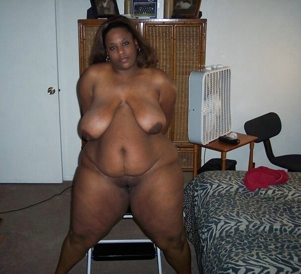 Naked fat nigerian housewife in bed