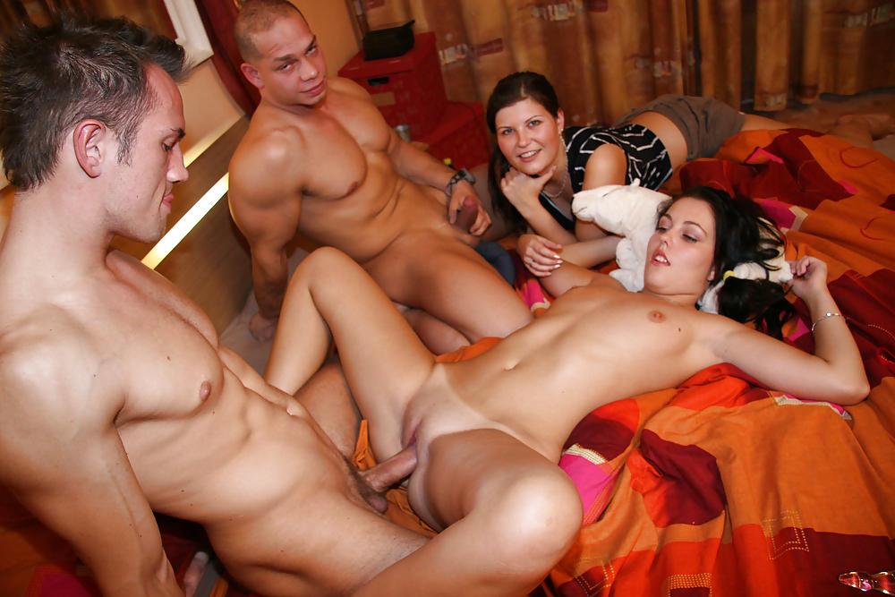 Вечеринка русские студенты оргазм