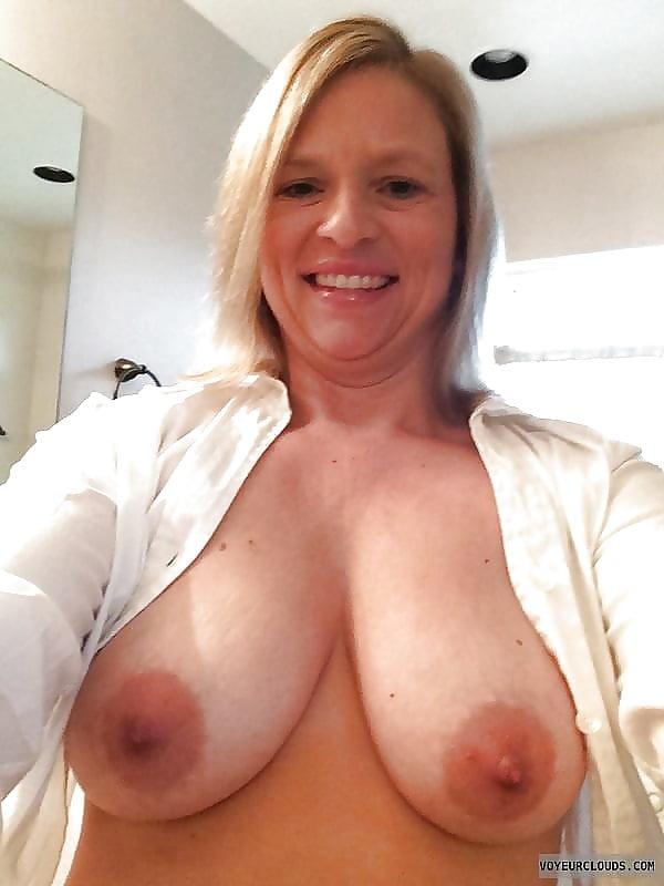 sex-mature-d-cup-boob-nude-pinay
