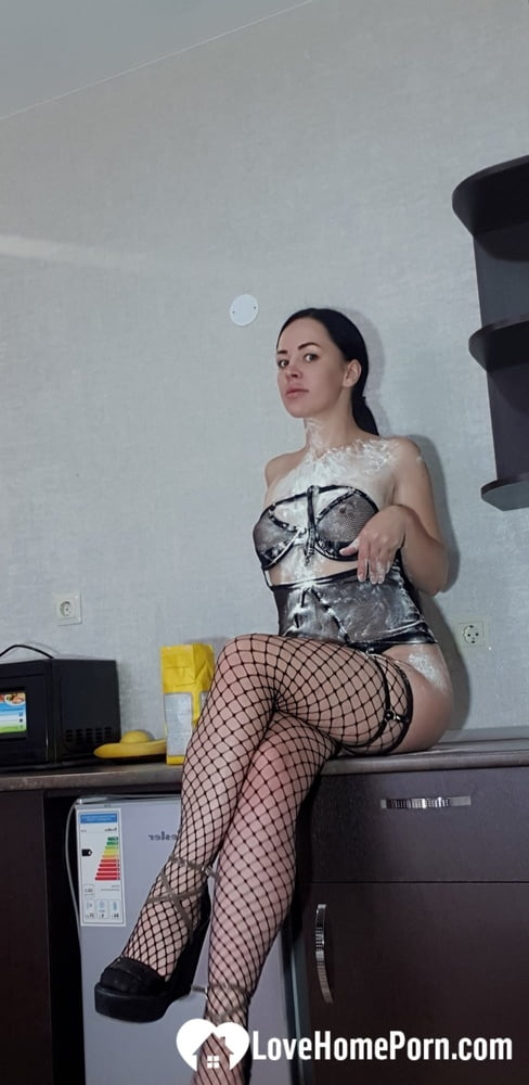 Just fooling around with some flour in fishnets - 40 Pics